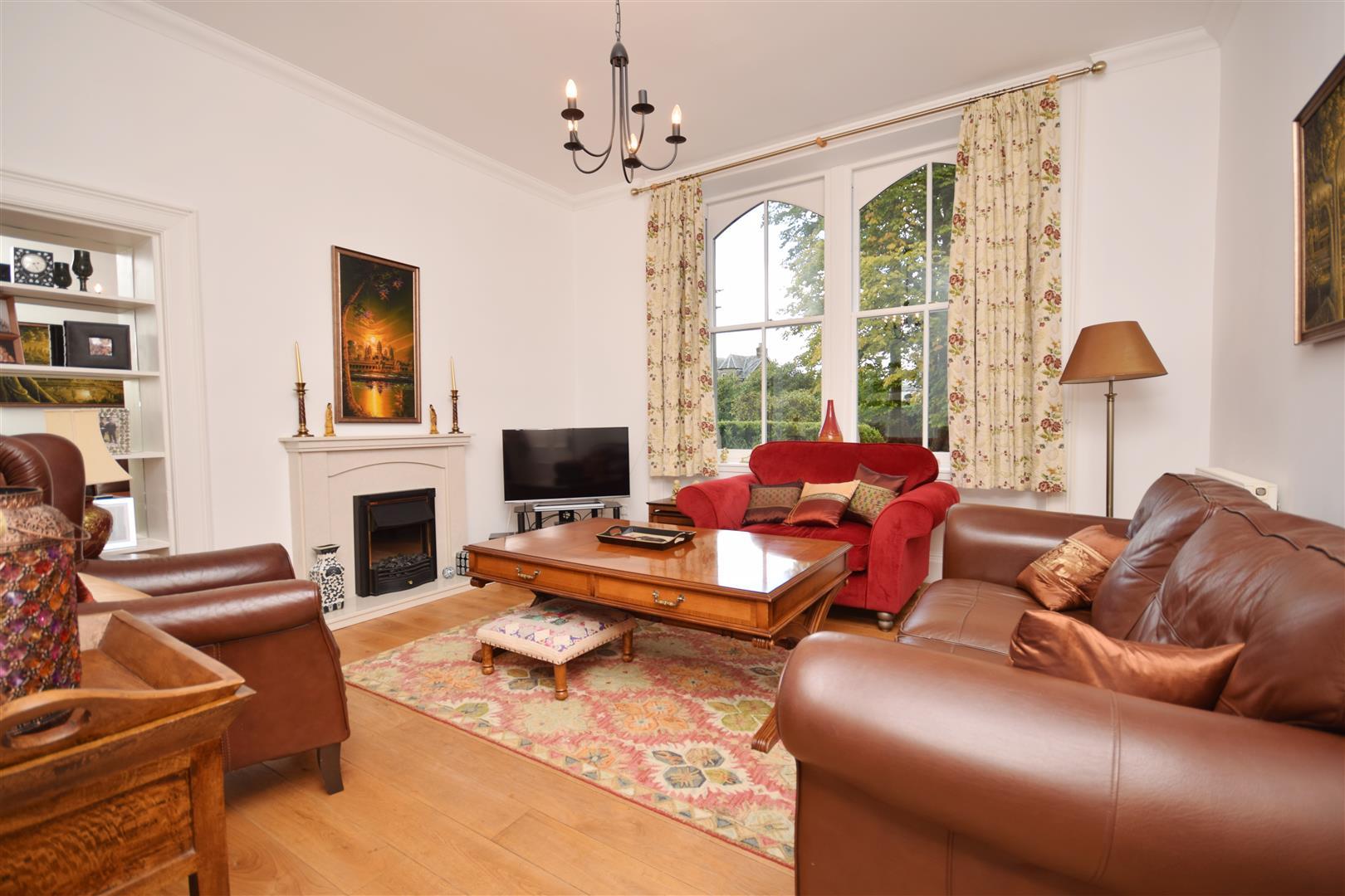 Flat 4, Croftweit, Strathearn Terrace, Crieff, Perthshire, PH7 3AQ, UK